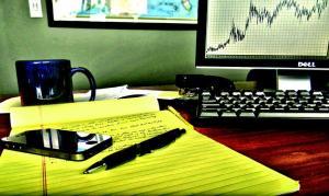 Oszuści i doradcy finansowi