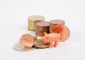 Oszczędzanie w okresie obniżonych stóp procentowych.